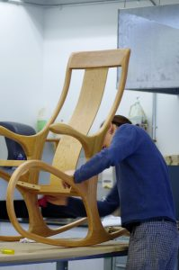 Fintion d'un fauteuil berçant